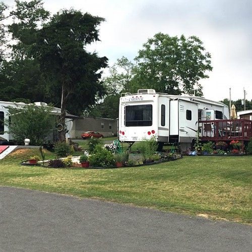 Cedar Hill Village offers lots for RV owners.